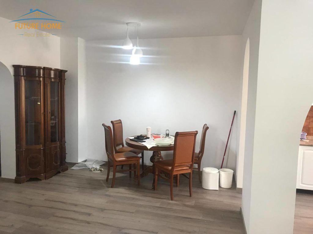Qera, Apartament 2+1, Komuna e Parisit, Tiranë
