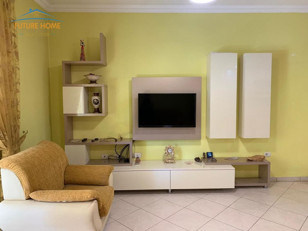 Qera, Apartament 2+1, Kompleksi Dinamo, Tiranë.