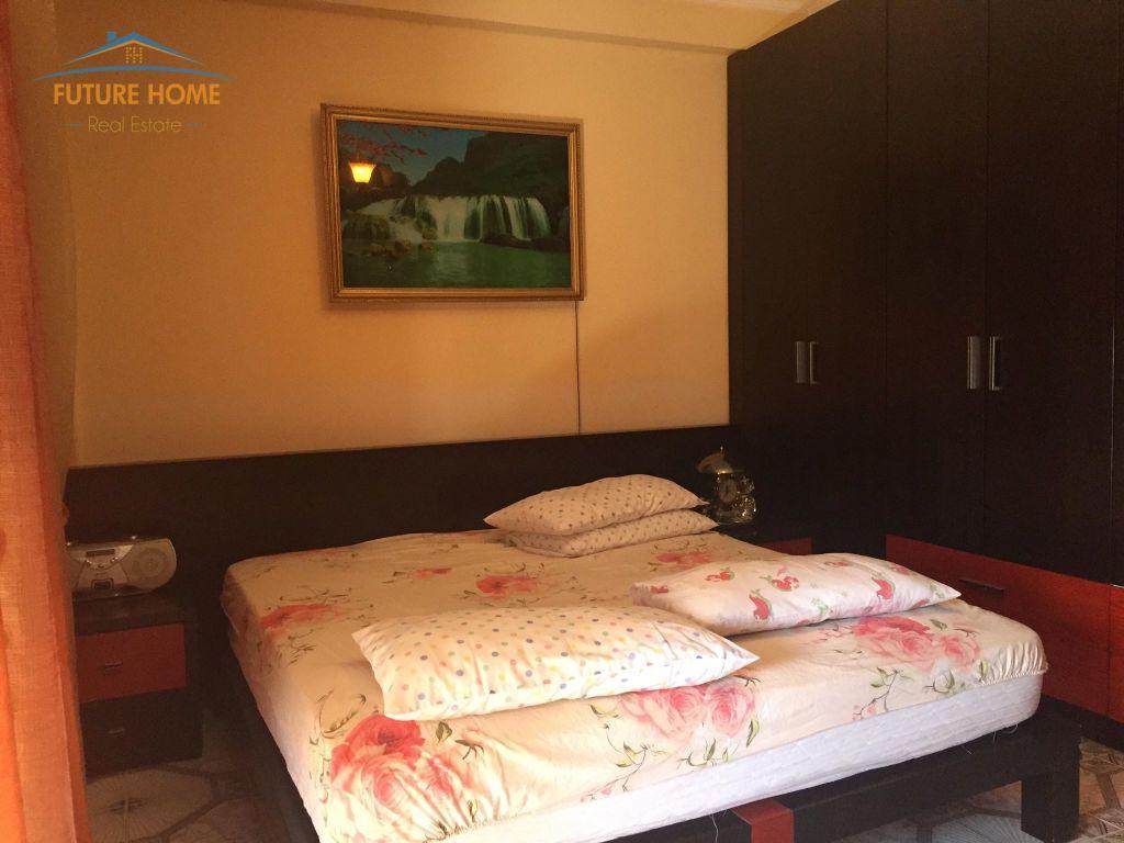 Qera, Apartament 2+1, Sheshi Willson, Tiranë.