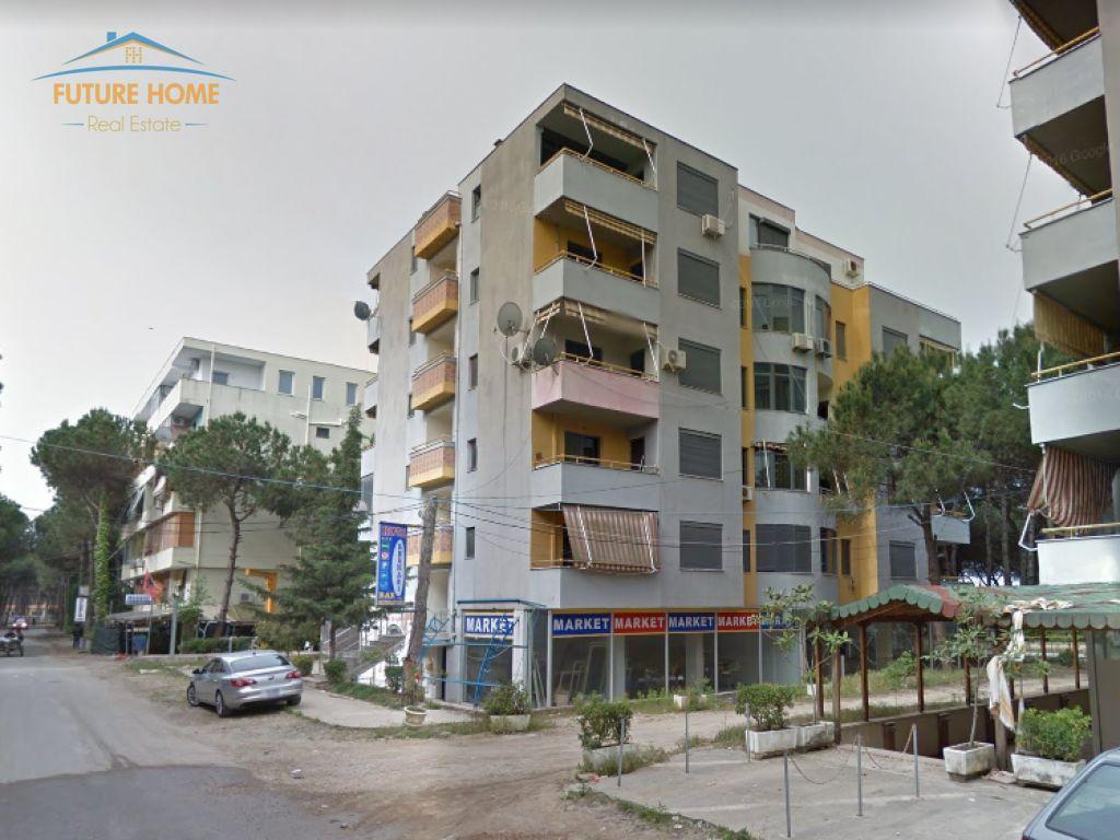 Shitet, Apartament 2+1, Golem