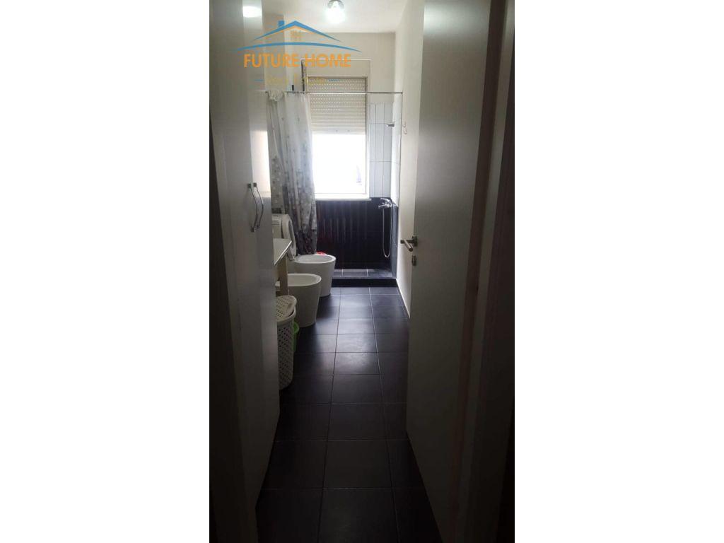 Shitet, Apartament 1+1, Fresku