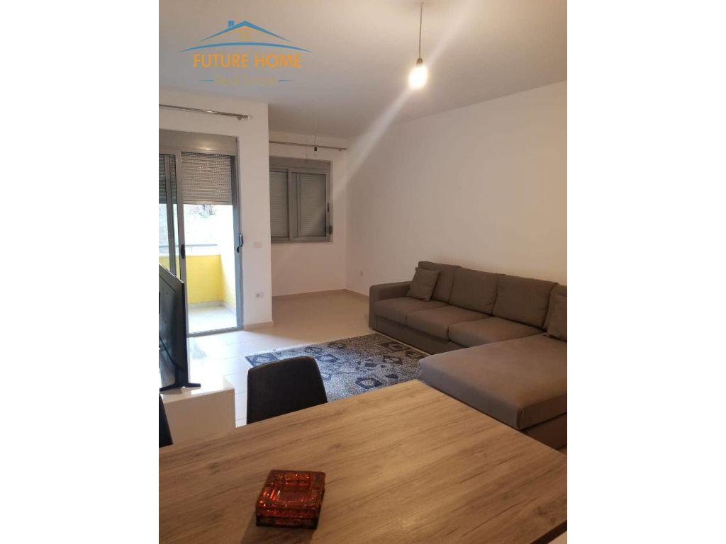Qera, Apartament 1+1, Liqeni i Thatë, Tiranë.