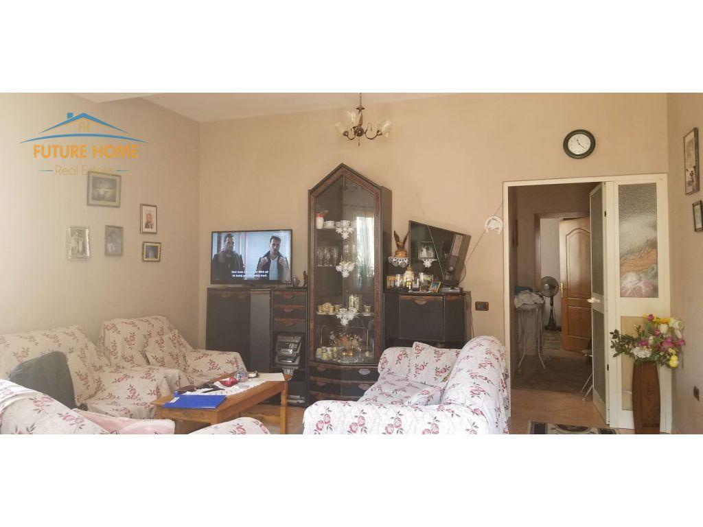 Qera, Apartament 2+1, Rruga e Kavajës