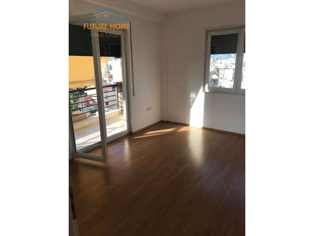 For Sale, Apartment 2 + 1, Street Riza Cerova