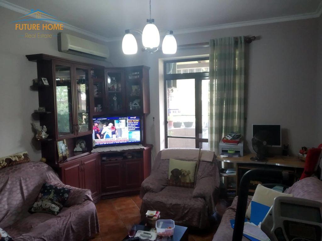 Shitet,Apartament 2+1,Blloku