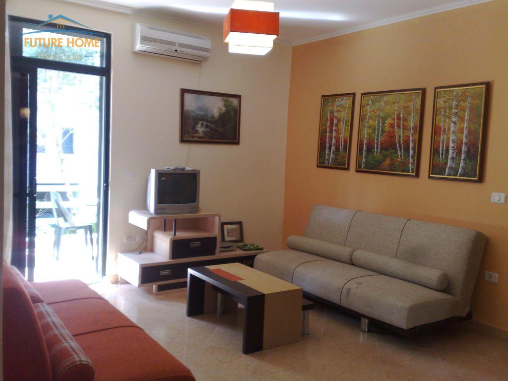 Shitet, Apartament 2+1, Qerret, Durrës.