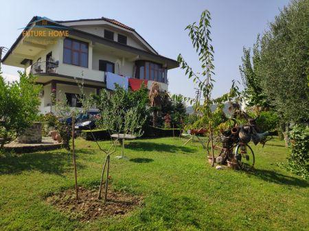 Shitet, Vilë, Liqeni Artificial, Tiranë.