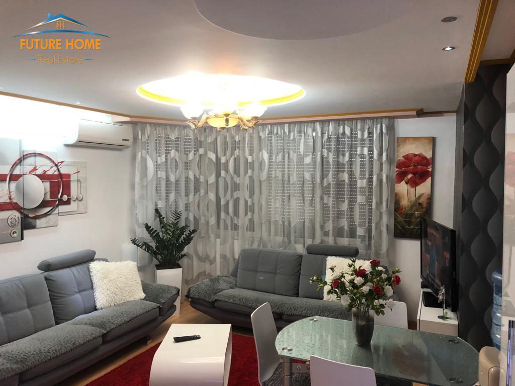 Shitet, Apartament 2+1, Garda,Tiranë
