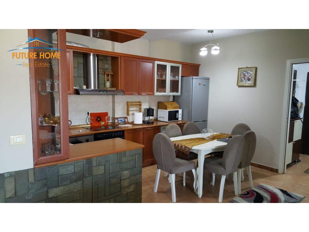 Qera, Apartament 2+1, Laprake, Tirane.