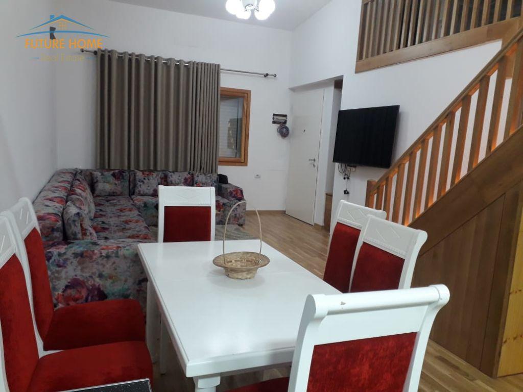 Qera, Apartament Duplex, Zogu i Zi