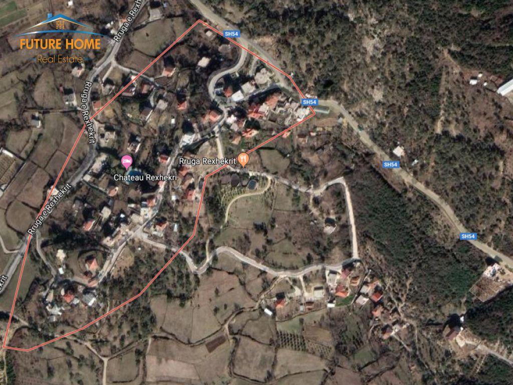 Sell, Land, Surrel, Dajt, Tirana