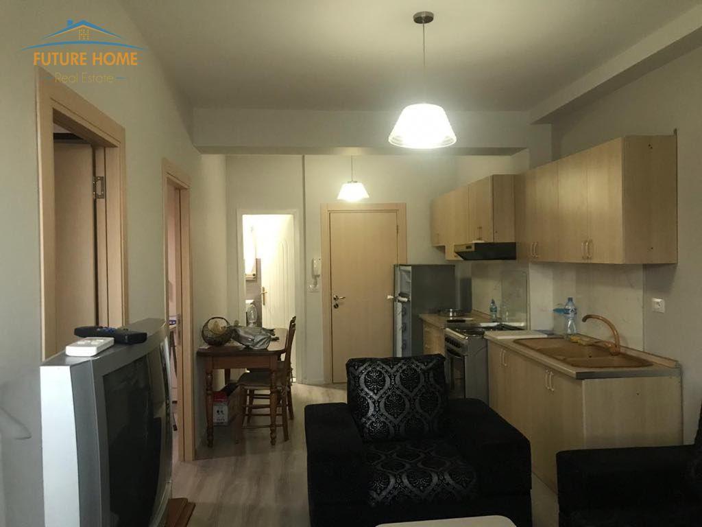 Shitet,Apartament 3+1,Tregu Elektrik