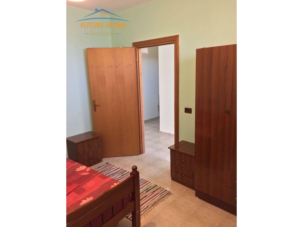 Qera, Apartament 2+1,Golem