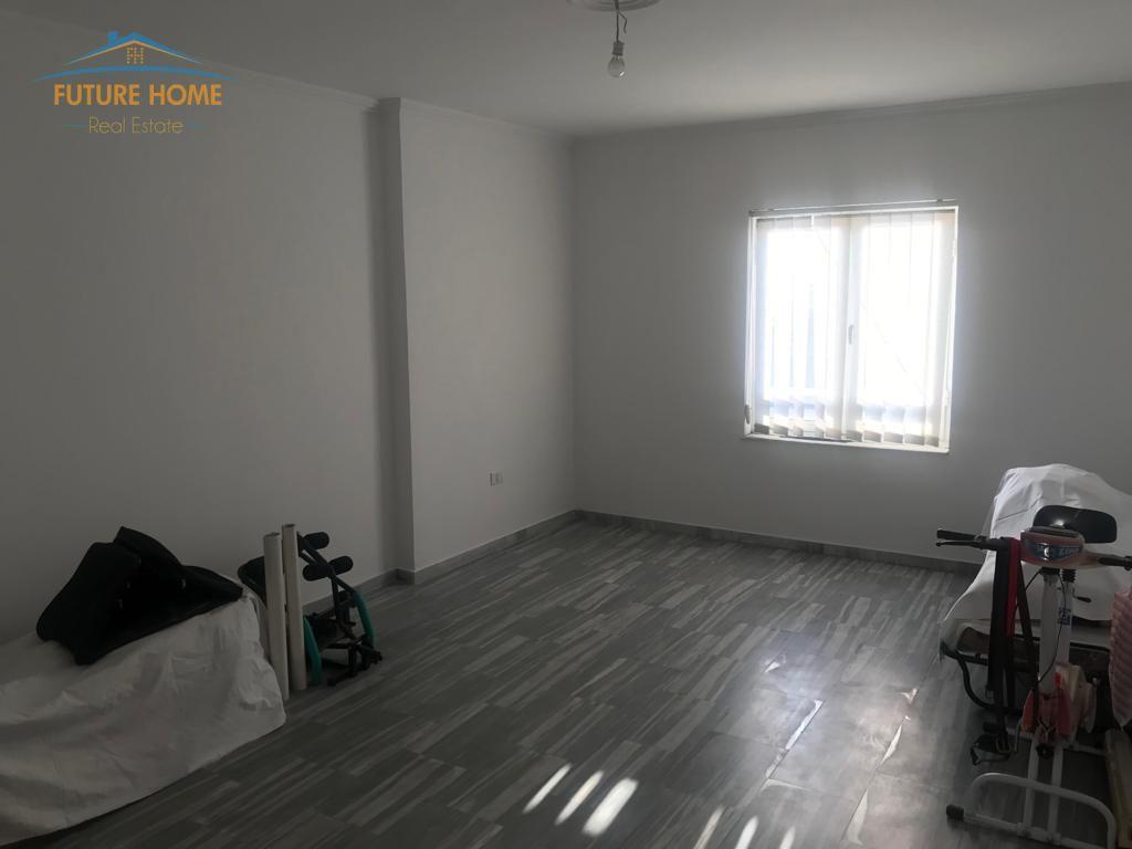 Shitet, Apartament 2+1, Rruga Dritan Hoxha