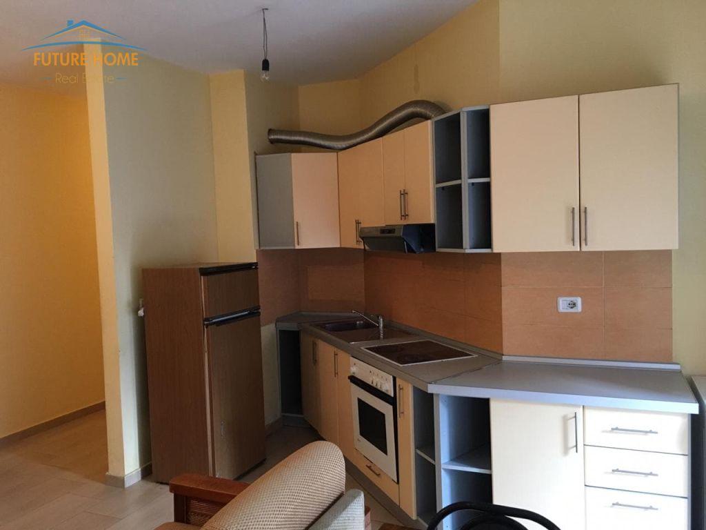 Qera, Apartament 1+1, Kopshtit Zoologjik, Tiranë.