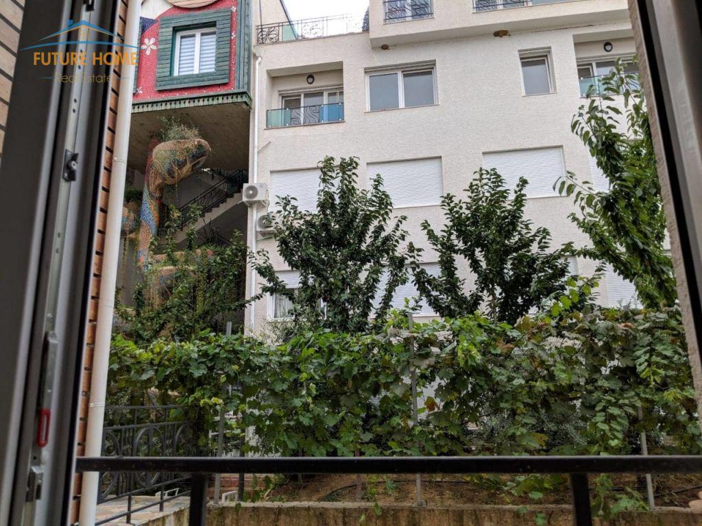 Shitet, Apartament Duplex Rezidenca Kodra e Diellit 2, Tiranë.
