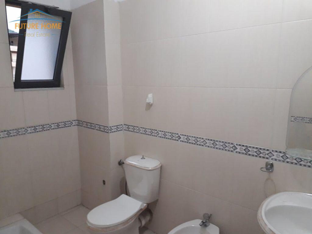 Shitet, Apartament 2+1, Kodra e Diellit, Tiranë.