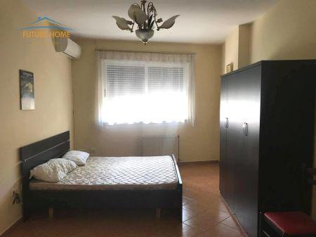 Qera, Apartament 2+1, Komuna e Parisit