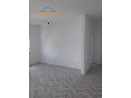 Shitet, Apartament 1+1, Laprake