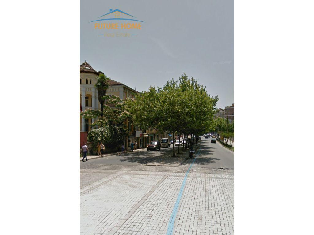 Shitet Biznesi,Rruga e Elbasanit
