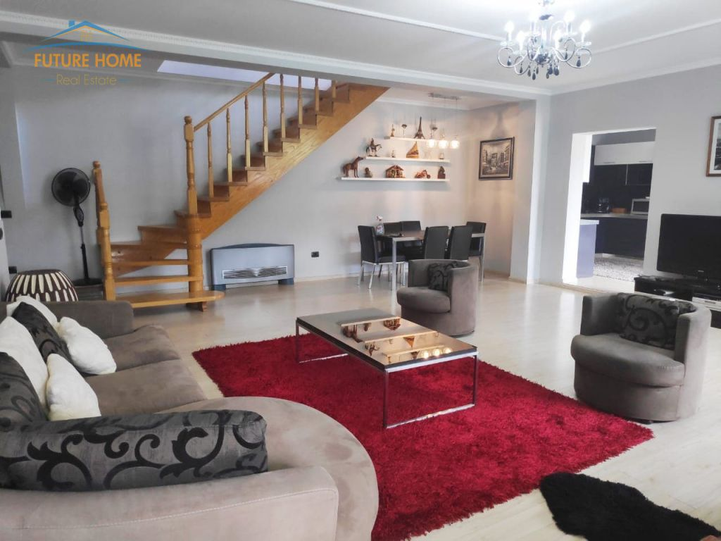 Shitet, Apartament Duplex, Kodra e Diellit, Tiranë.