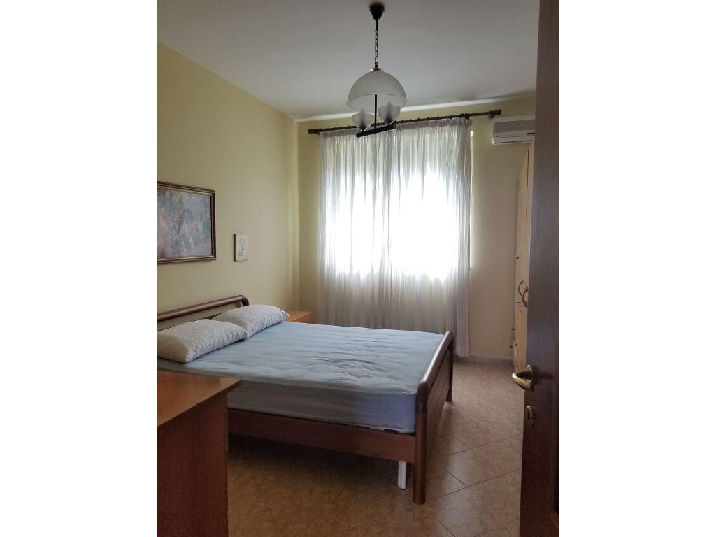 Qera, Apartament 2+1, Qendër