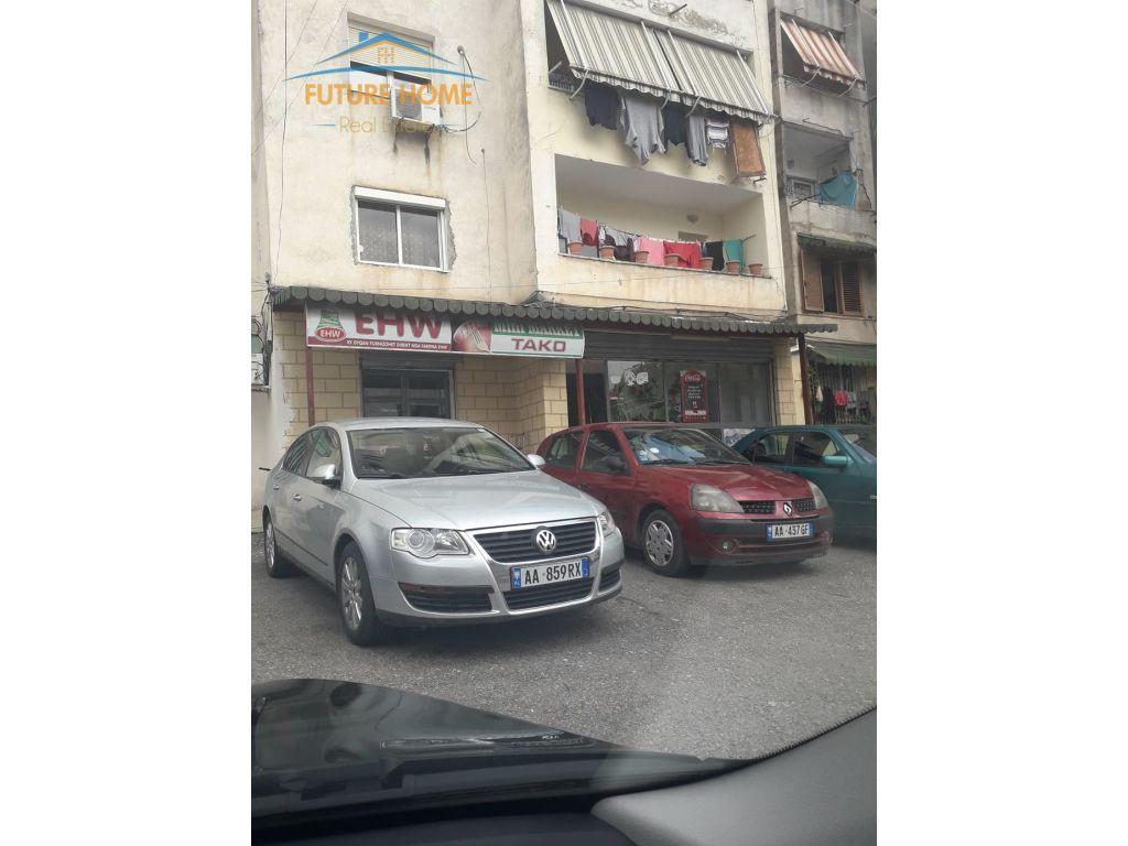 Shitet,Ambjent,Rruga Fortuzi