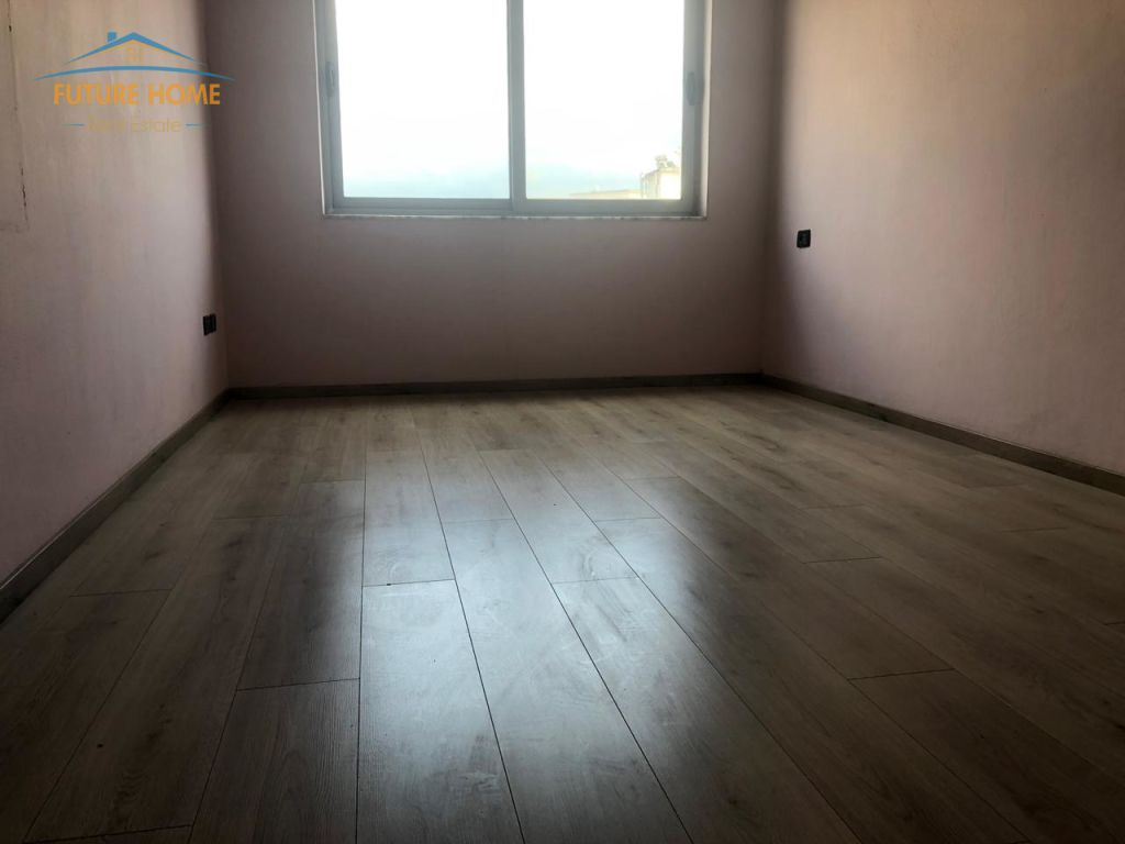 Shitet,Apartament 2+1,Unaza E Re