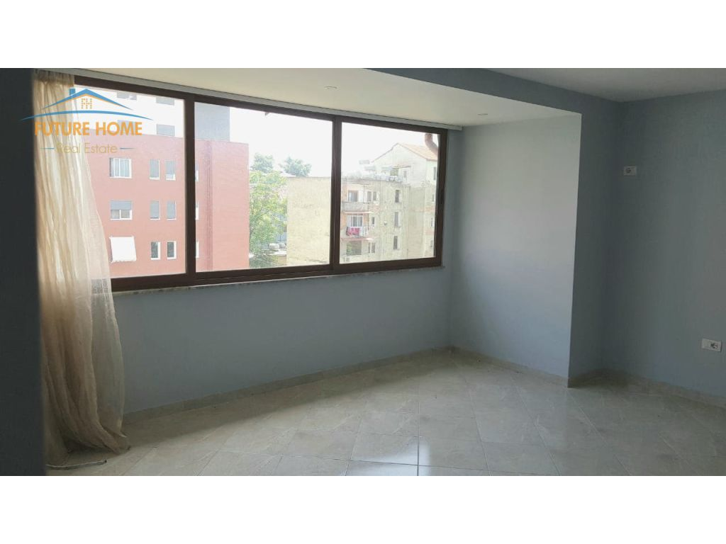 Shitet, Apartament 1+1, Allias