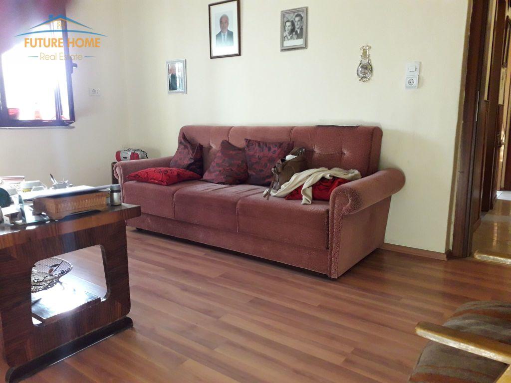 Shitet, Apartament 1+1, Rruga  Fortuzi