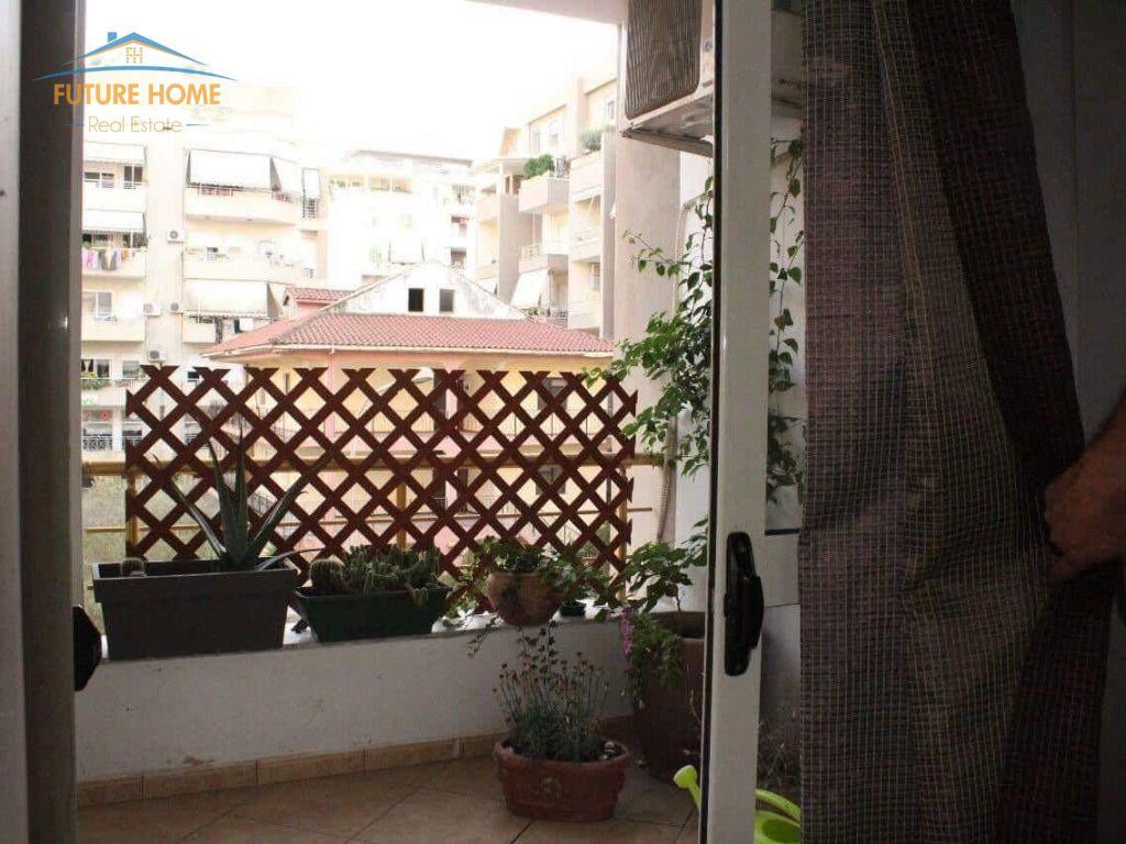 Shitet, Apartament 2+1, Kopshti Zoologjik, Tiranë.