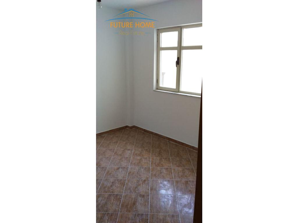 Shitet, Apartament 2+1, Kthesa e Kamzës