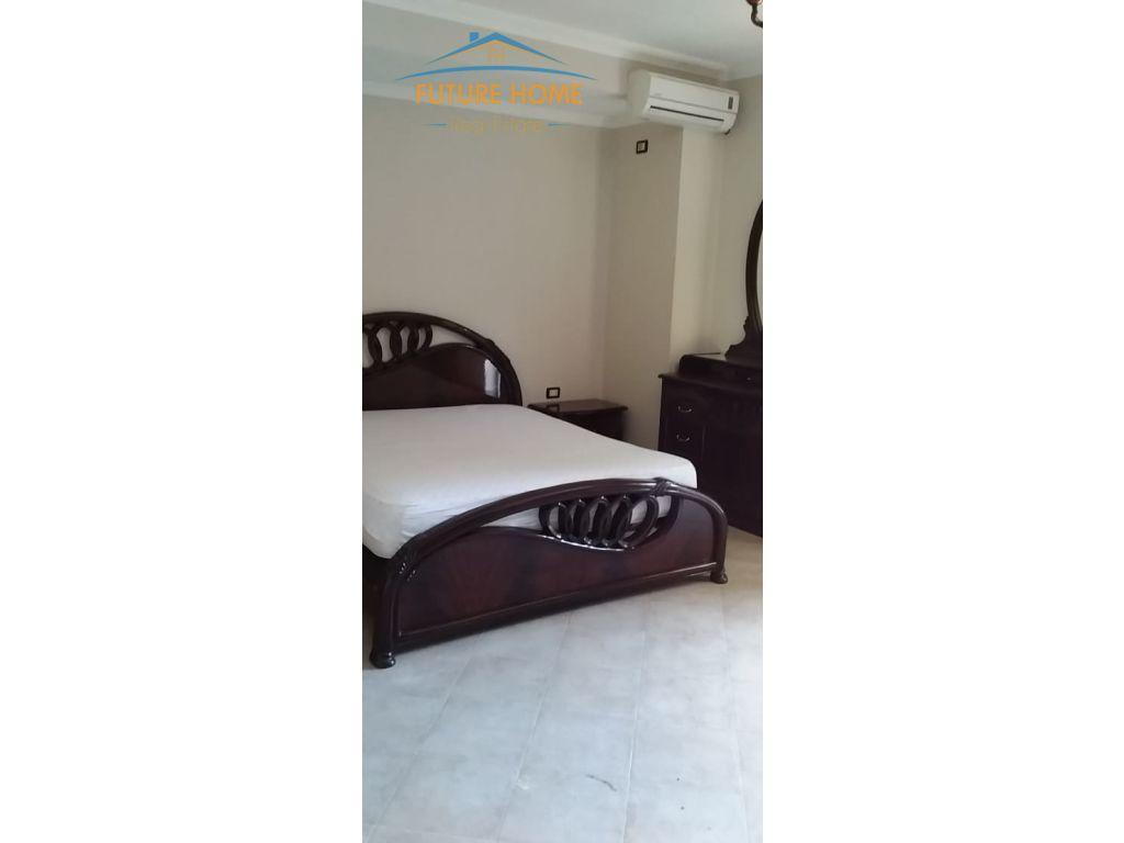 Qera, Apartament 3+1, Rruga Hoxha Tahsim