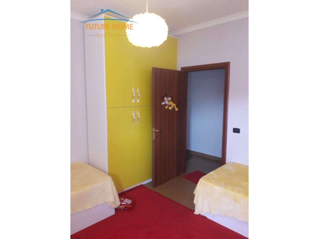 Qera, Apartament 2+1, Fresku