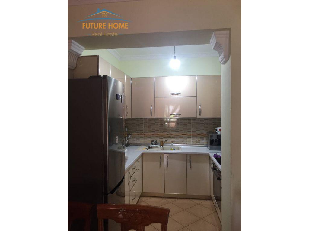 Apartament 2+1 Rruga E Kavajes
