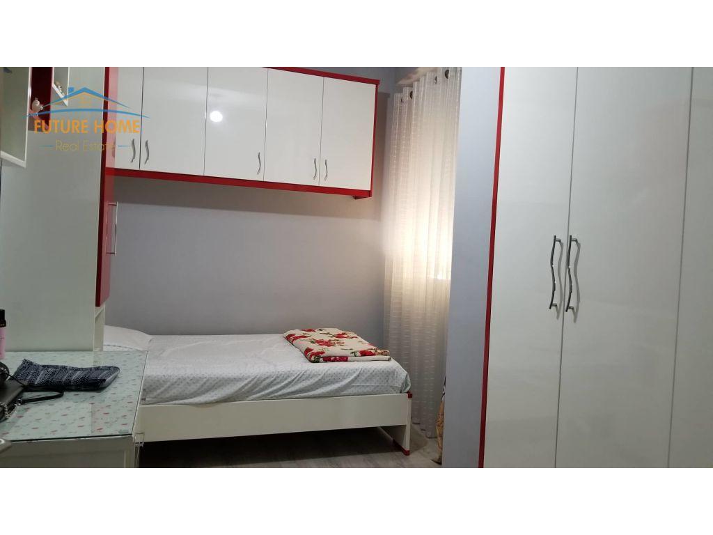 Shitet,Apartament 2+1,Unaza E Re