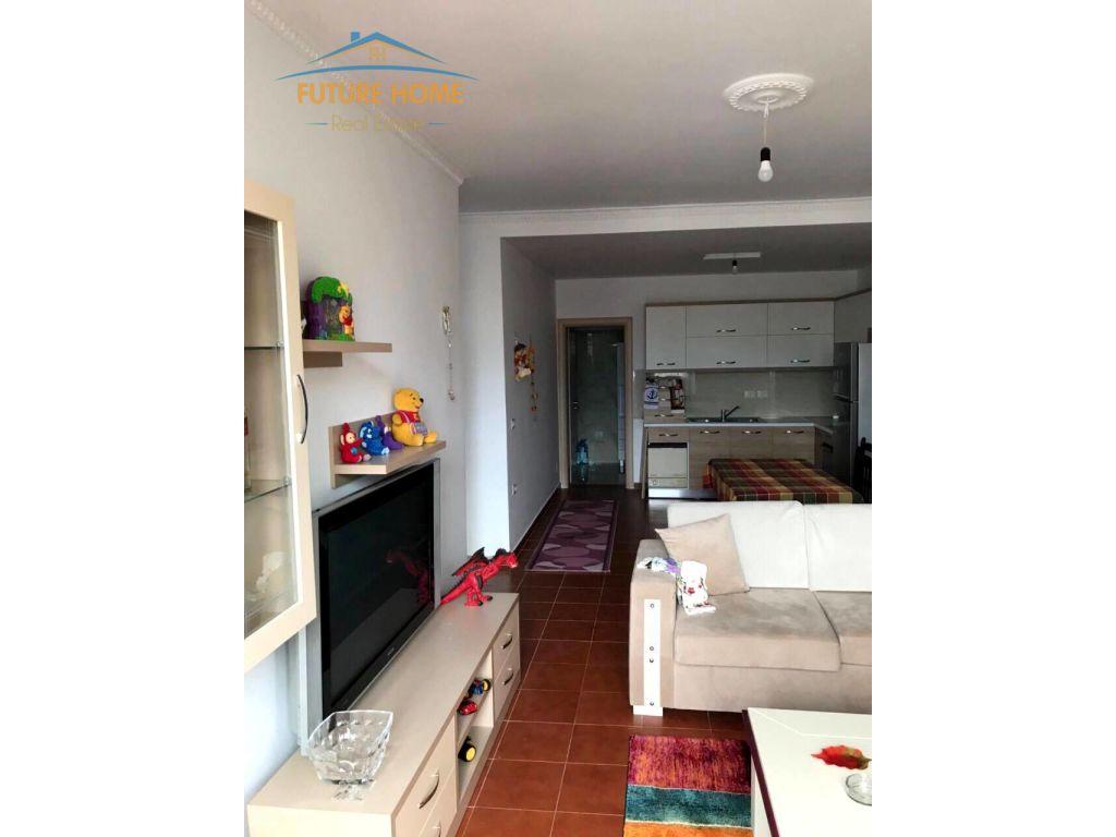Shitet, Apartament 1+1,Vasil Shanto, Tirane