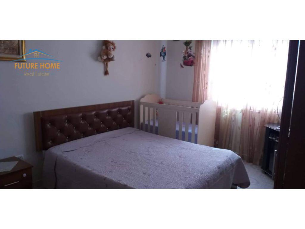 Shitet, Apartament 1+1, Rruga Babë Rexha, Tiranë