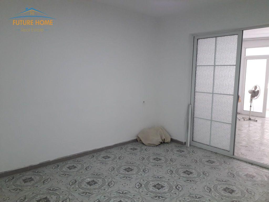 Shitet, Apartament 3+1, Vasil Shanto, Tiranë