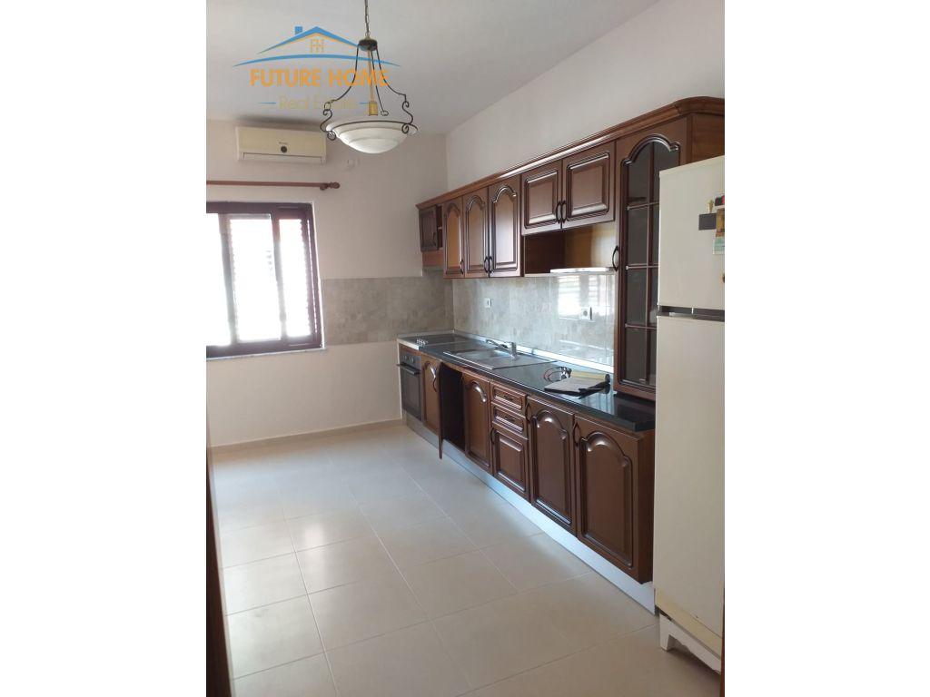 Qera, Apartament 4+1, Rruga e Kavajës