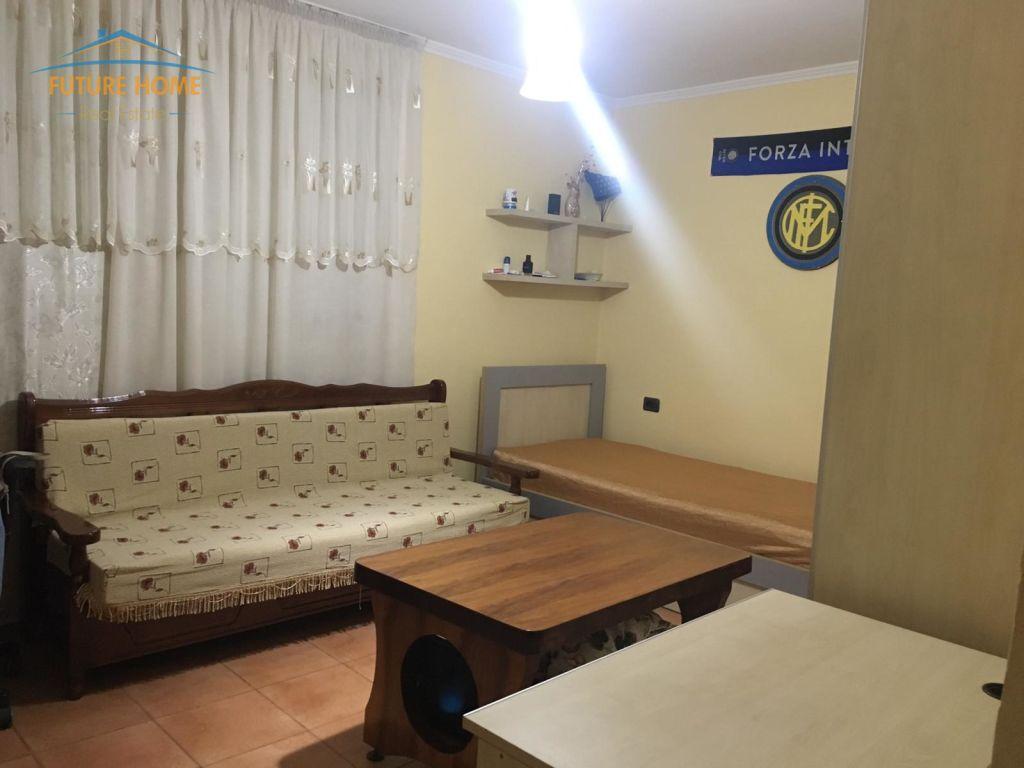 Qera, Apartament 2+1, Rruga Muhamet Gjollesha