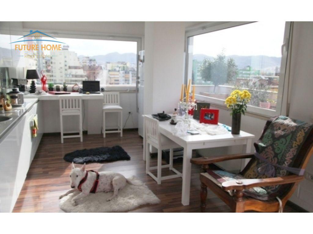Shitet, Apartament Open Space, Myslym shyri, Tiranë