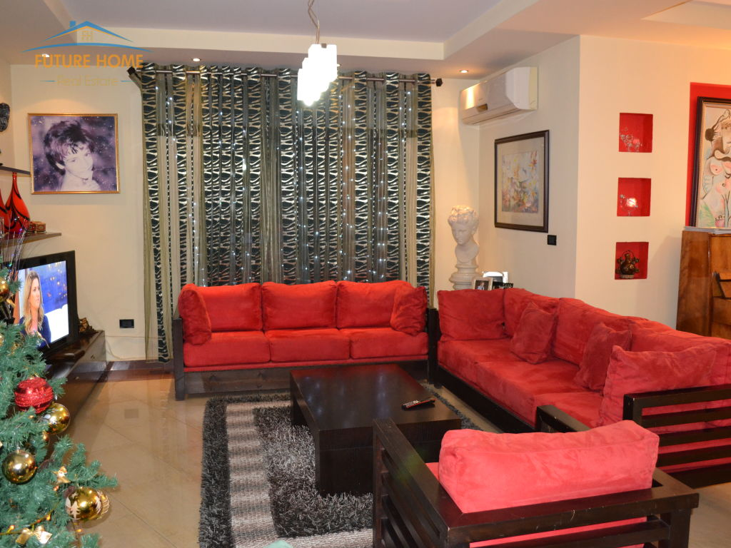 Qera, Apartament Duplex, Ish Ekspozita, Tiranë