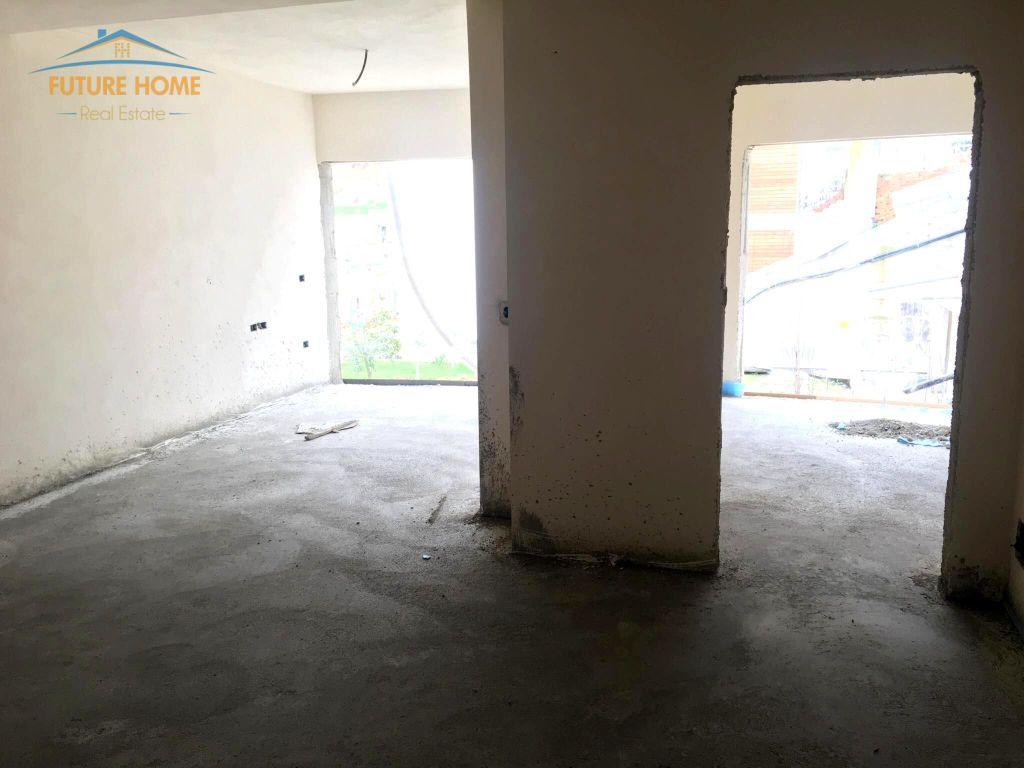 Shitet, Apartment 2+1, Rezidenca Kodra e Diellit 2, Tiranë.
