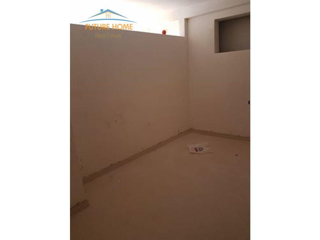 Shitet, Apartament 2 + 1, 21 Dhjetori