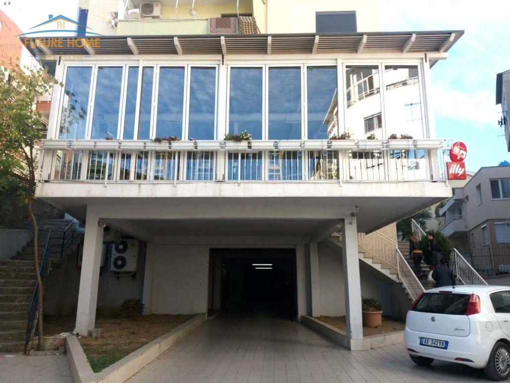 Shitet, Ambjent, Kodra e Diellit, Tiranë