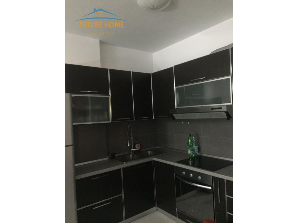 Apartament 1+1, 21 Dhjetori