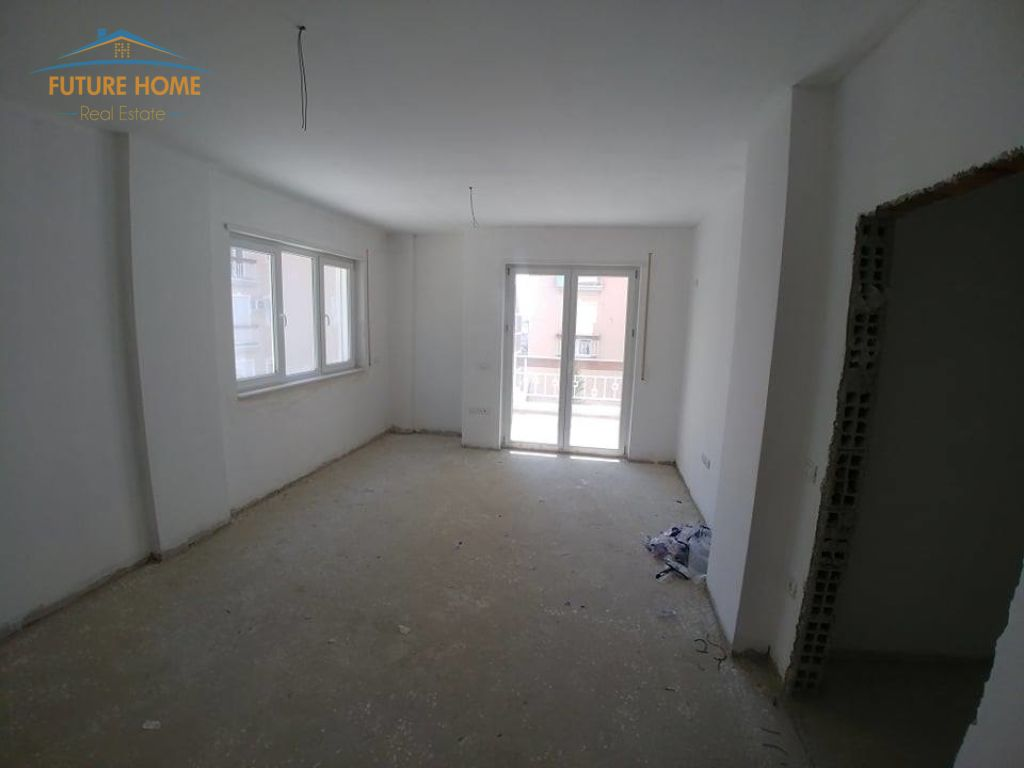 Shitet,Apartament 2+1,Fresku