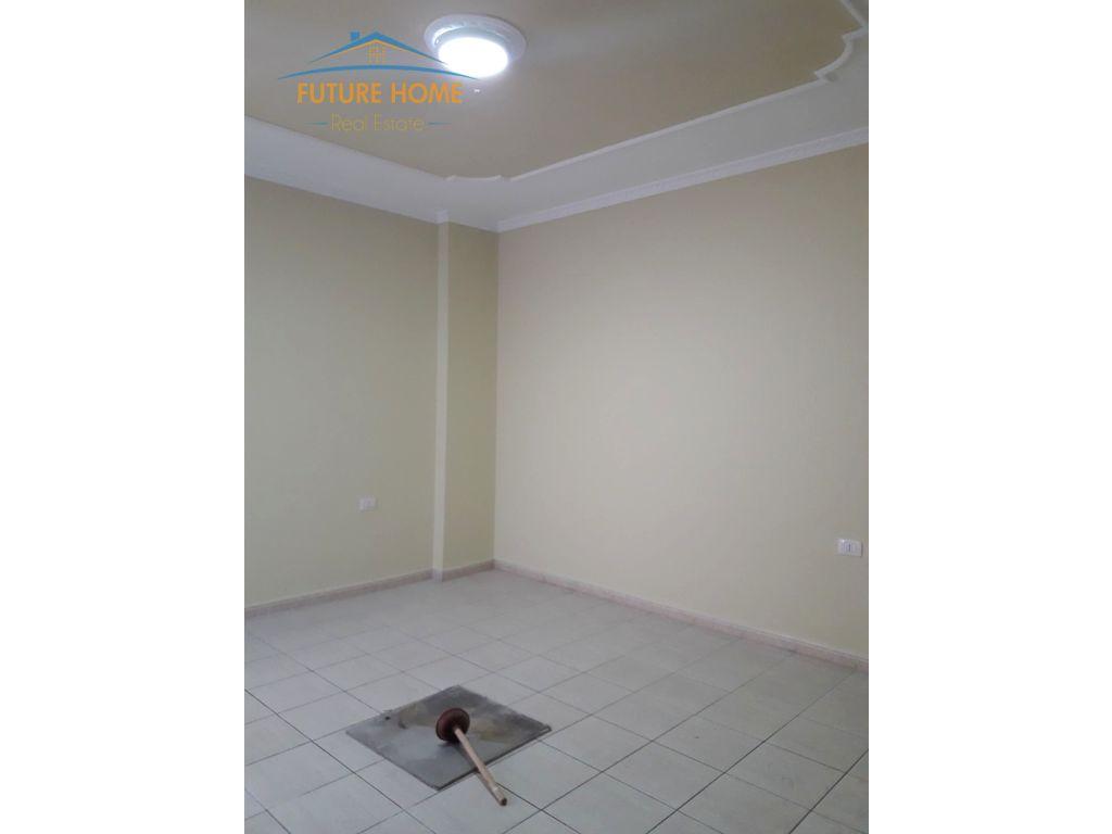 Shitet, Apartament 3+1,Petro Nini, Tiranë