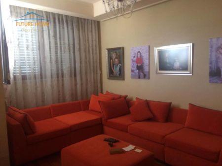 Shitet, Apartament 3+1, Kompleksi Halili, Tiranë